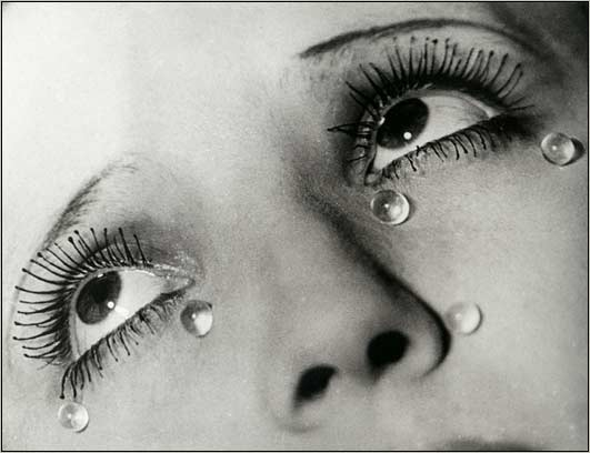 http://pointofview.bluehighways.com/images/ManRay-Tears-1930.jpg
